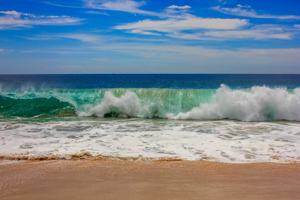 Cabo news high waves in cabo san lucas keep small boat restrictions in place - Fotos fondo del mar ...